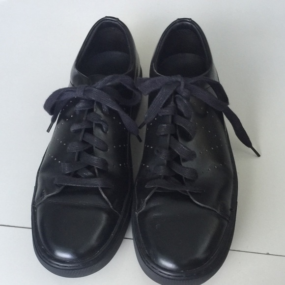 Vince Farrell Black Leather Sneakers